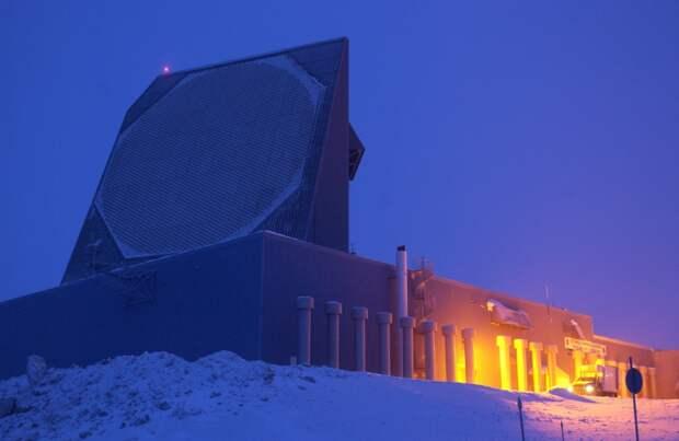 Пентагон торопится достроить на Аляске локатор ПРО за $347 млн