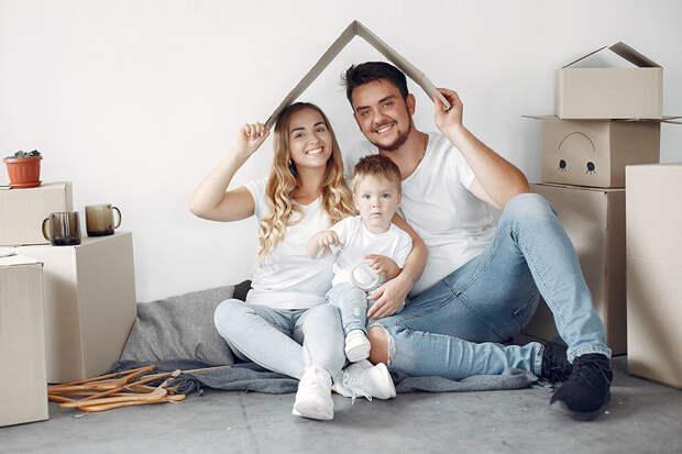 Банк ВТБ снизил ставку по ипотеке для семей с детьми
