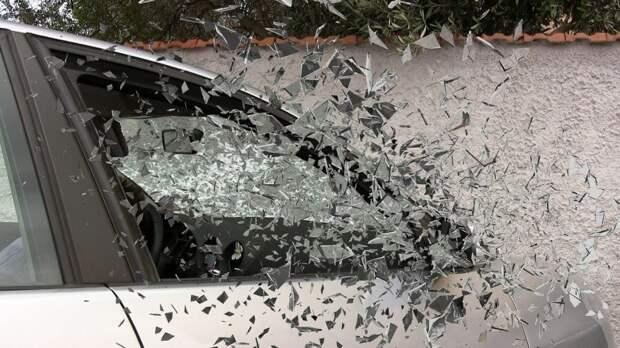 На Вятской автомобилист сбил пешехода