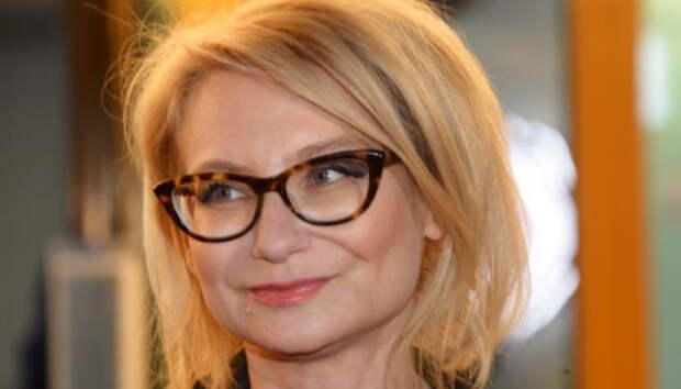 Эвелина Хромченко назвала вещь, которая омолодит любую женщину