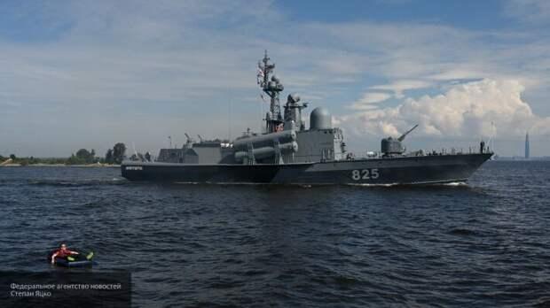 Литовкин рассказал, каким в будущем будет ВМФ России