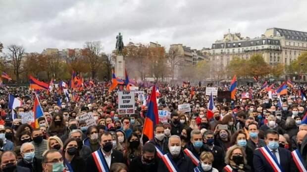 Манифестации армян Франции в поддержку независимости Нагорного Карабаха