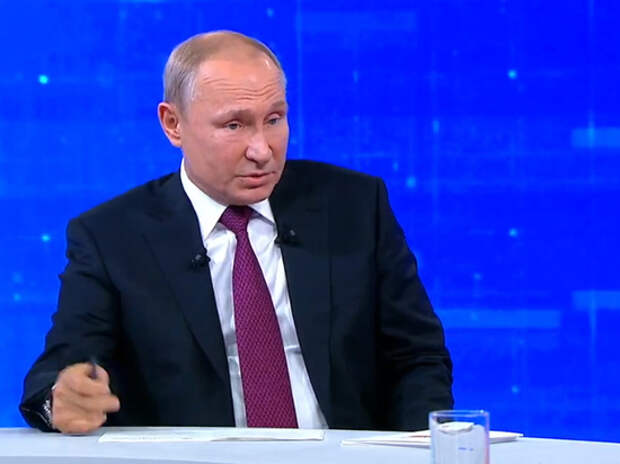 Путин нецензурно встретил новость о миллиардах полковника Захарченко