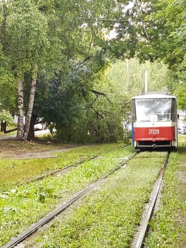 Движение трамваев в Ижевске остановилось из-за поcледствий дождя