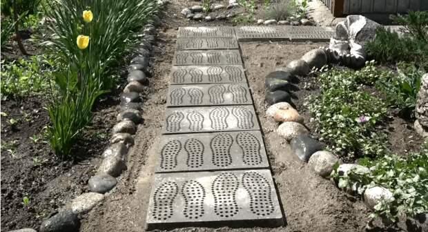 Самый бюджетный и простой способ сделать потрясающую садовую дорожку