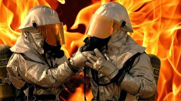 Сторож сгорел в пункте приема металлолома на Дону