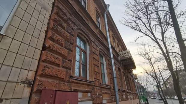 В Кронштадте назвали сроки ремонта двух домов-памятников