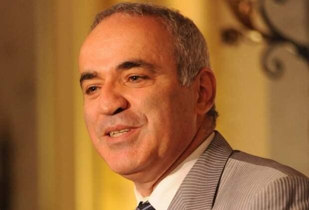 Каспаров не скрывает, что выполняет задание Запада по развалу России