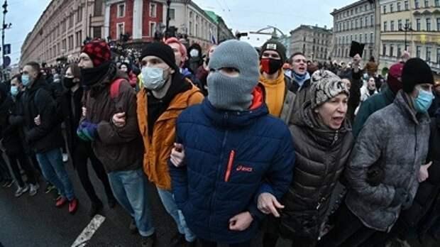 Переехавший в Крым из Киева о незаконных митингах в РФ: Посмотрите на Украину
