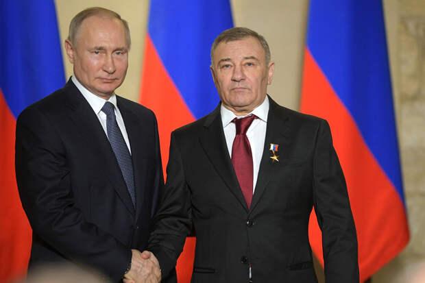 Аркадий Ротенберг объявил себя бенефициаром «дворца» в Геленджике