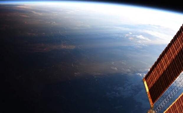 Астронавт показала Венеру во время восхода солнца