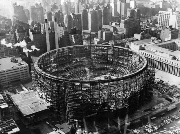 24. Строительство арены Мэдисон-сквер-гарден в Нью-Йорке, 1966 год. история, мир, фотография