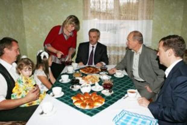 Стол номер один. Француский повар рассказал, что любят Путин и Медведев