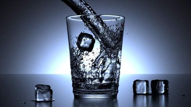 Врач развеяла популярное заблуждение об употреблении воды
