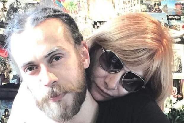 Мама Децла: Кирилл несколько раз засыпал за рулем, его преследовали аварии