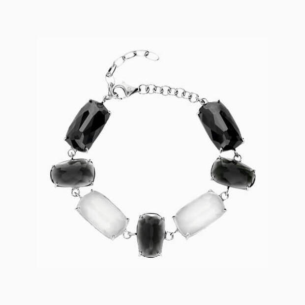 Недорогие и стильные украшения из серебра, которые стоит купить на лето