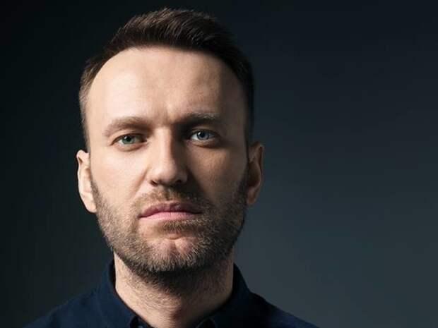 Навальный трогательно поздравил православных с Пасхой