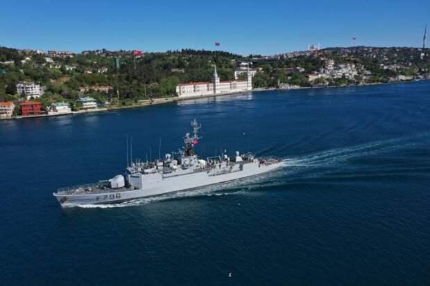 «Три самолёта и корвет»: В Чёрном море активизировались французские военные