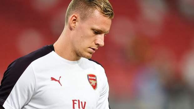 «Арсенал» с минимальным счетом проиграл «Эвертону». Вратарь лондонцев Лено забил в свои ворота