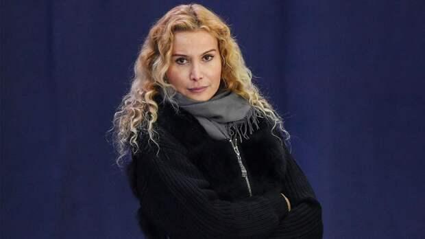 Доярка Брусникова поддержала Селюка: «Тутберидзе достойна звания Героя России. Благодаря ей Россия поднимается!»