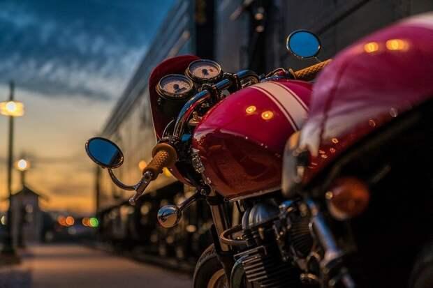 Мотоциклист из Карелии сбил на «зебре» в Санкт-Петербурге двух девочек