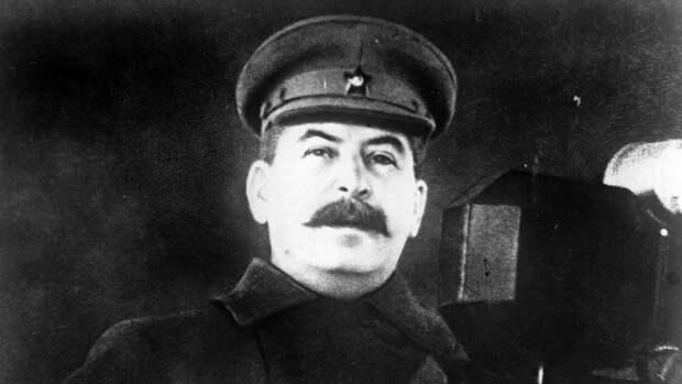 В Гори потребовали вернуть памятник Сталину и наладить отношения с РФ