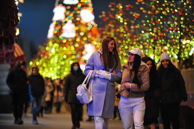 Новогодние праздники предложили перенести на май