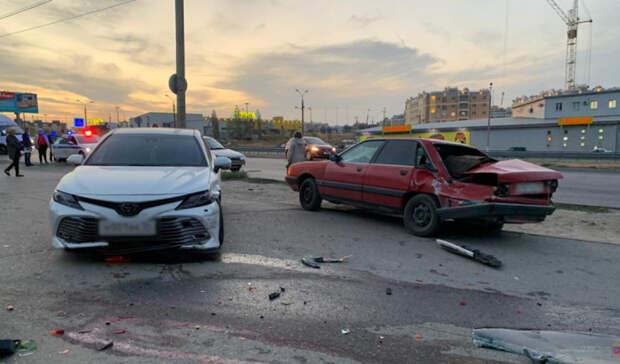 В Волгограде ищут очевидцев смертельного наезда Toyota Camry на женщину