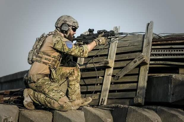 Военная база США в Афганистане подверглась ракетному обстрелу