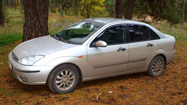 Ford Focus первого поколения очень хорошо продавался в России. | Фото: drive2.ru.