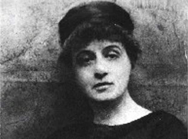 Мария Нагловская: русская, которая научила Париж «черной мессе»