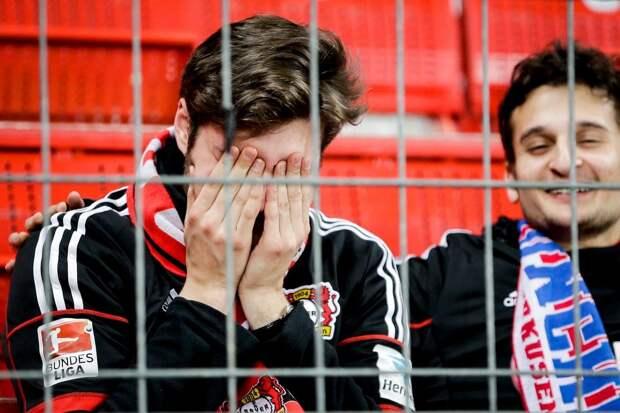 «Байер» в 1/8 финала Кубка Германии проиграл клубу из 4-го дивизиона, ведя в дополнительное время