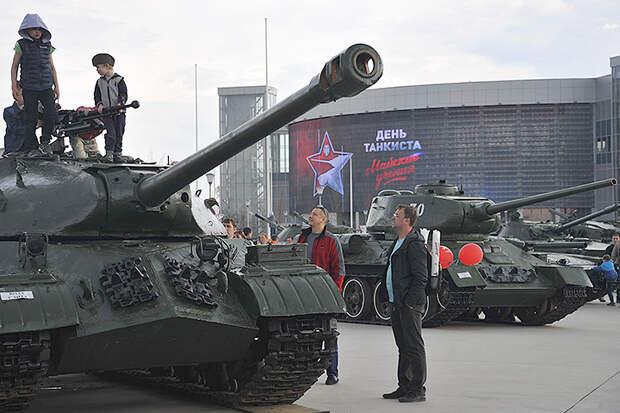 «Что такое танк?» в понимании ребенка: в День танкиста вспоминаем главный танк Великой Отечественной войны