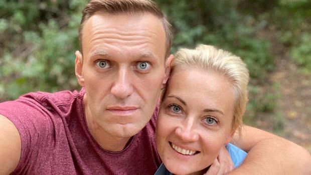 Осужденный блогер Навальный начал выход из голодовки