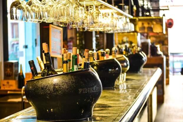 Ресторанам и кафе Удмуртии разрешили работать до 4 часов ночи