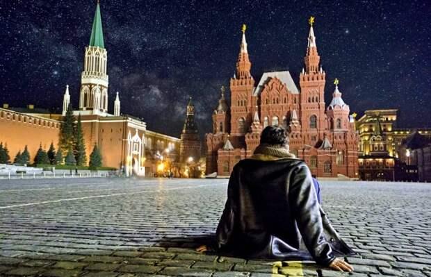 Почему России непременно нужна своя идеология