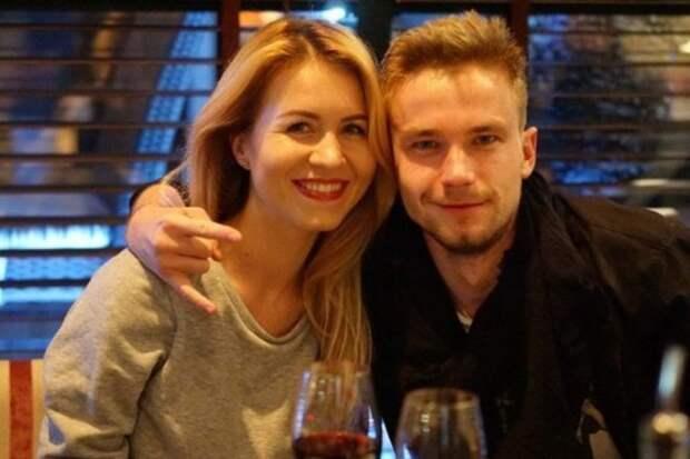 «Она ради него была готова на все, а он ее бросил»: Вся правда о личной жизни Александра Петрова