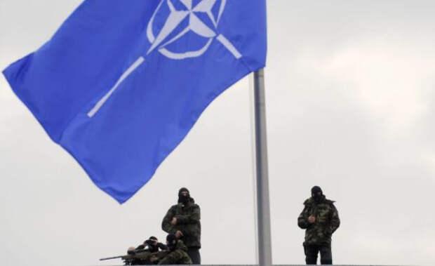 НАТО планирует разместить военную базу в Ливии