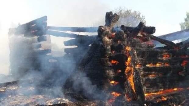 Пожилой мужчина погиб при пожаре в одной из деревень Тверской области