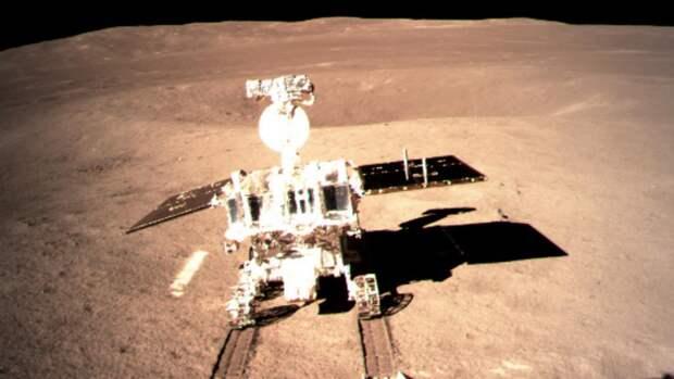 Chang'e 4 — китайская беспилотная возвращаемая миссия исследования Луны. 4 января 2019 года луноход произвел посадку на южном полюсе Луны