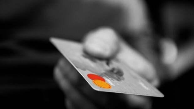 Юрист рассказал, как банки обеспечивают сохранность денег на карте