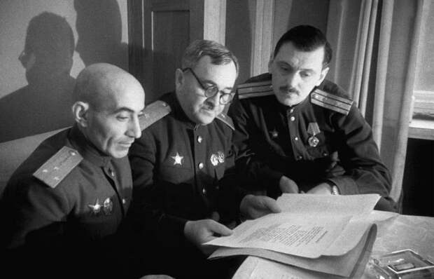 История российских гимнов: от Петра Великого до Путина