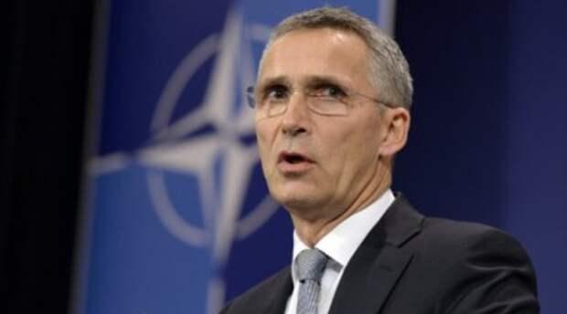 НАТО и США угрожают нам оборонительными ответами — Столтенберг совсем с ума сошел?