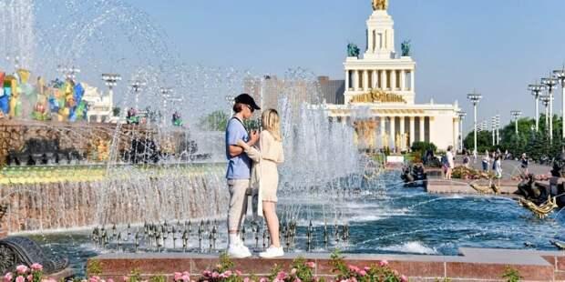 На проблемы со здоровьем во время жары жалуются 80% москвичей. Фото: Ю. Иванко mos.ru