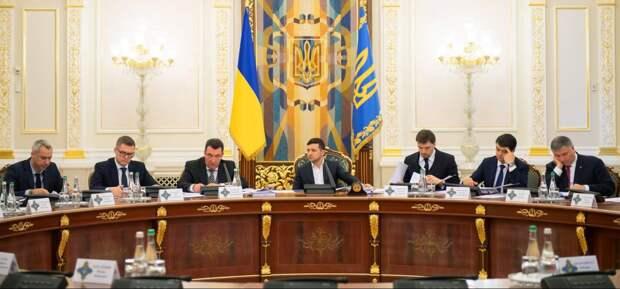 Результаты заседания СНБО: Украина ввела санкции против 111 иностранных граждан