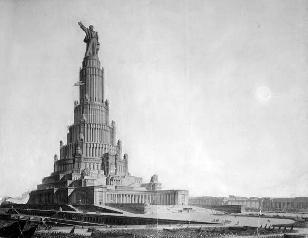 5 грандиозных зданий, которые должны были построить в Москве