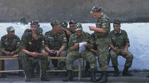 """""""Чудовищный раскол"""" внутри США может привести к войне у границ России"""