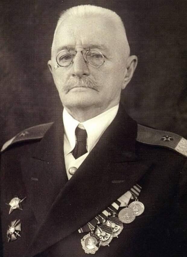 Контр-адмирал Пётр Павлович Киткин