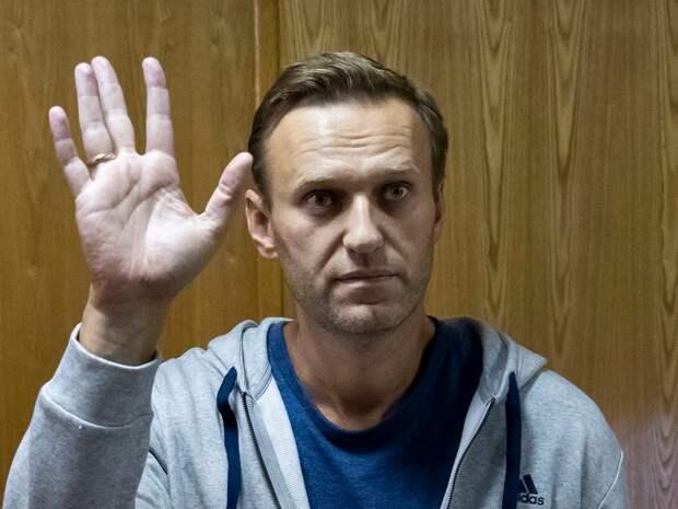 Навальный не сдерживается в выражениях, ругаясь с неугодными ему СМИ