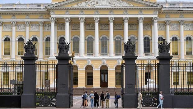 Дроздов и Родригес записали ролики для Русского музея и TikTok